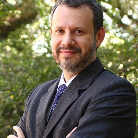 Alexandre Valadares Mello