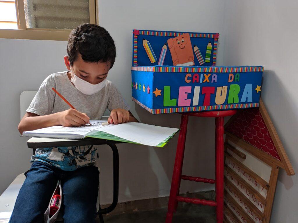 Instituto Trilha apoia crianças em fase de alfabetização no interior de Goiás